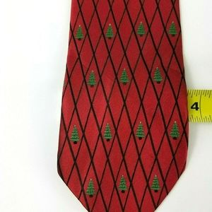 Holiday Traditions Men's Red Christmas Silk Tie